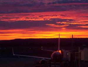 airport_sunrise