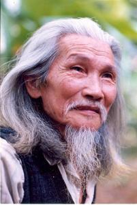 Nha Tho Huu Loan