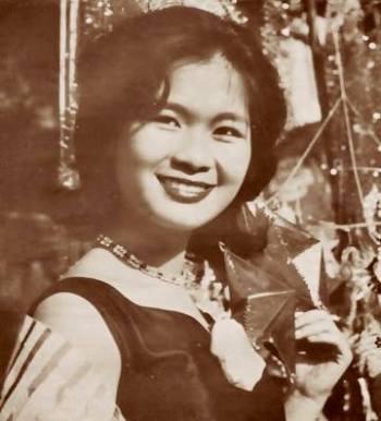 Khánh Ly thuở chưa là Nữ Hoàng chân đất ...