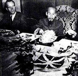 Hội Nghị Fontainebleau - Ho Chi Minh & J. Sainteny