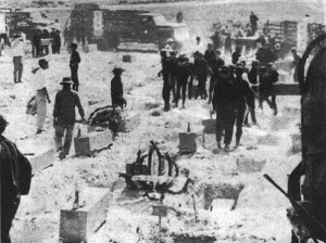 Mộ chôn 300 nạn nhân vô danh bị thảm sát tại Huế vào dịp Tết Mậu Thân 1968