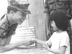 """""""ROBERT LỬA"""" Nguyễn Xuân Phúc"""