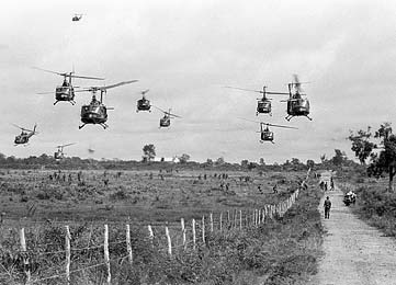 đổ quân tiếp viện bằng trực thăng