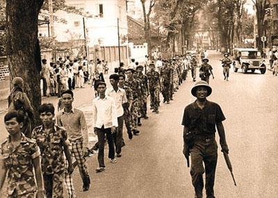 Bộ Mặt Thứ Hai Của Sài Gòn Sau 30-4-1975 (1/3)