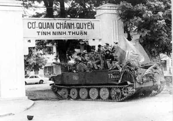 Các tướng cộng sản đánh chiếm Ninh Thuận như trò… rước sư tử