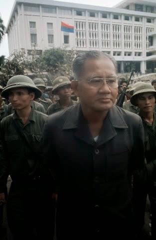 TT Dương Văn Minh