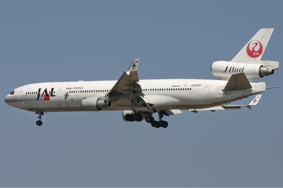 Japan_Airlines_McDonnell_Douglas_MD-11_Monty