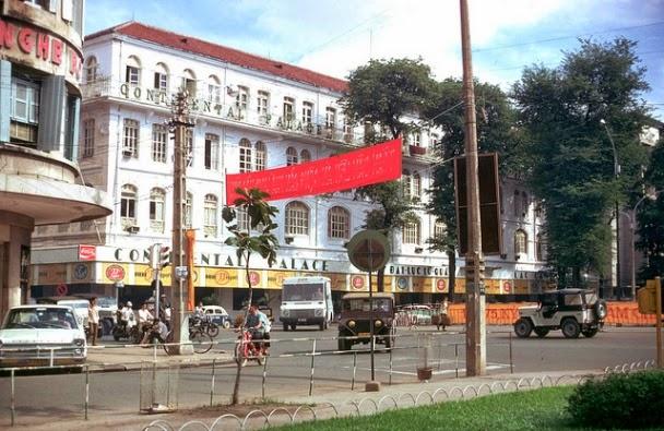 Saigon-1973-Continental-Hotel