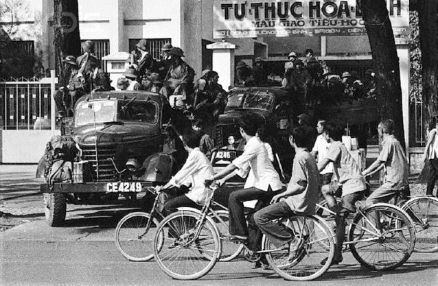 Bộ đội CSBV vào Saigon, 30/4/1975