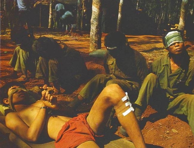 Tù binh CSBV tại Xuân Lộc tháng Tư 1975