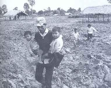 """""""Đánh tư sản"""" ở miền nam sau 1975 (4/4)"""