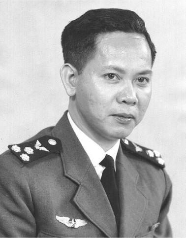 Toàn Phong Nguyễn Xuân Vinh Tư Lệnh Không Quân thời Ðệ Nhất Cộng Hòa