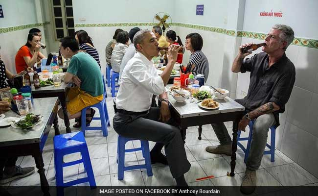 obama-in-vietnam-restaurant