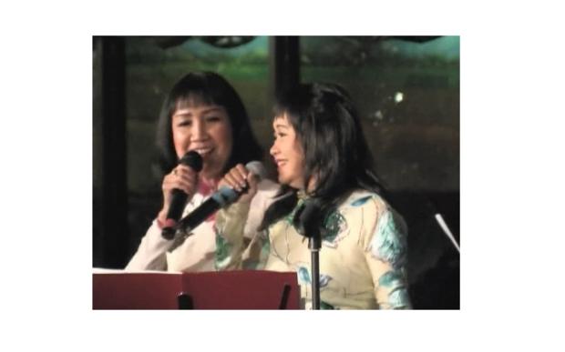 Ảnh Quỳnh Giao và Hoàng Oanh đang song ca bài Thu Vàng (Cung Tiến)