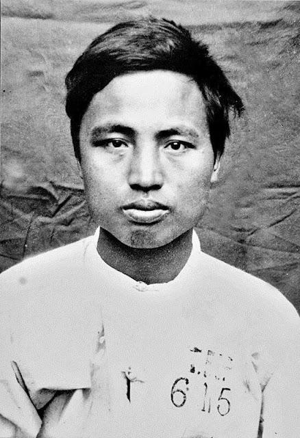 Ảnh chụp Nguyễn Thái Học tại Hoả Lò tháng 2 năm 1930.